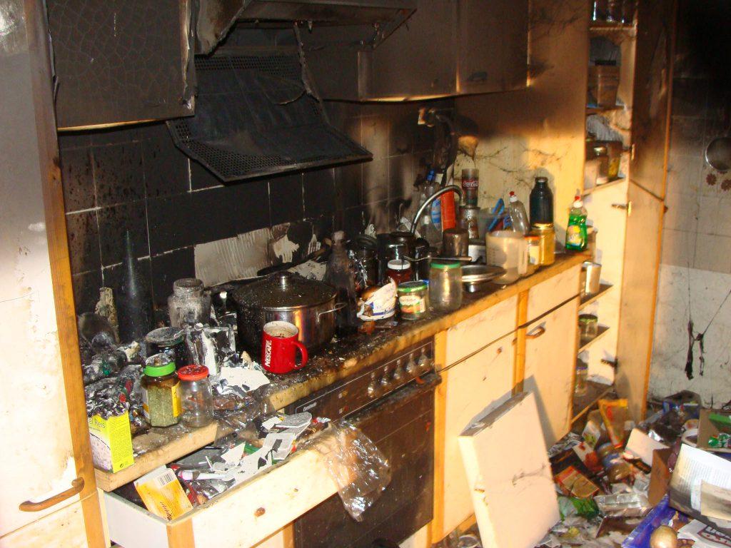 Schadenbeispiel Brand am Herd in der Küche